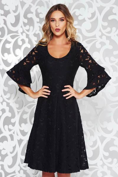 Rochie StarShinerS neagra eleganta in clos din dantela cu decolteu in v cu maneci clopot