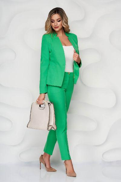 Compleu verde-inchis office din material neelastic cu sacou cambrat si pantaloni conici